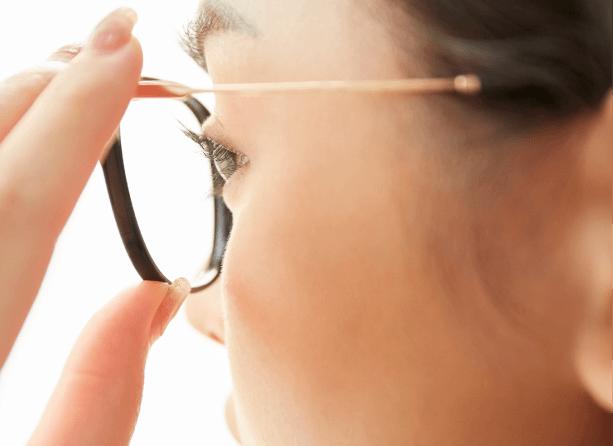 メガネの調整(ゆがみ直し)